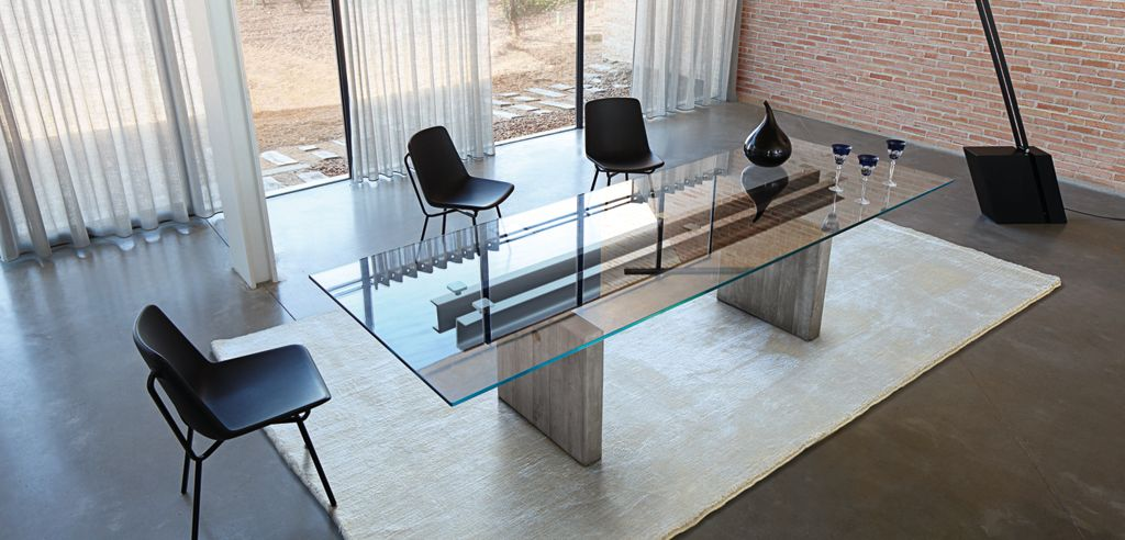 table verre avec rallonges roche bobois. Black Bedroom Furniture Sets. Home Design Ideas