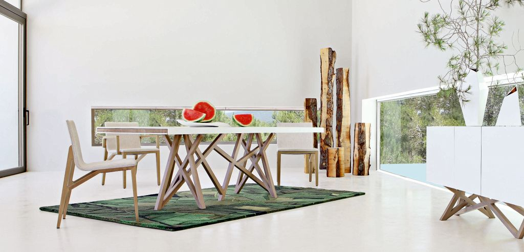 Stunning table salle a manger contemporaine roche bobois for Table a manger contemporaine