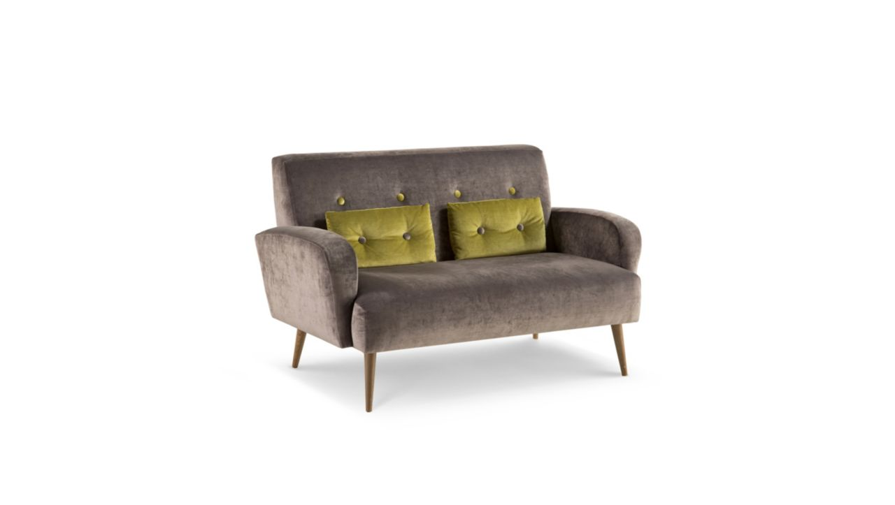 Ingrid sofa nouveaux classiques collection roche bobois for Canape roche bobois