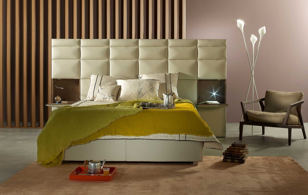 Lit courchevel roche bobois for Roche bobois canape lit