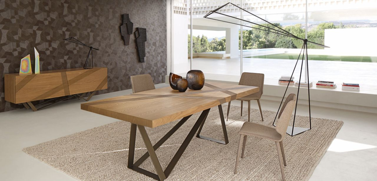 Track dining table roche bobois for Table extensible verre et bois