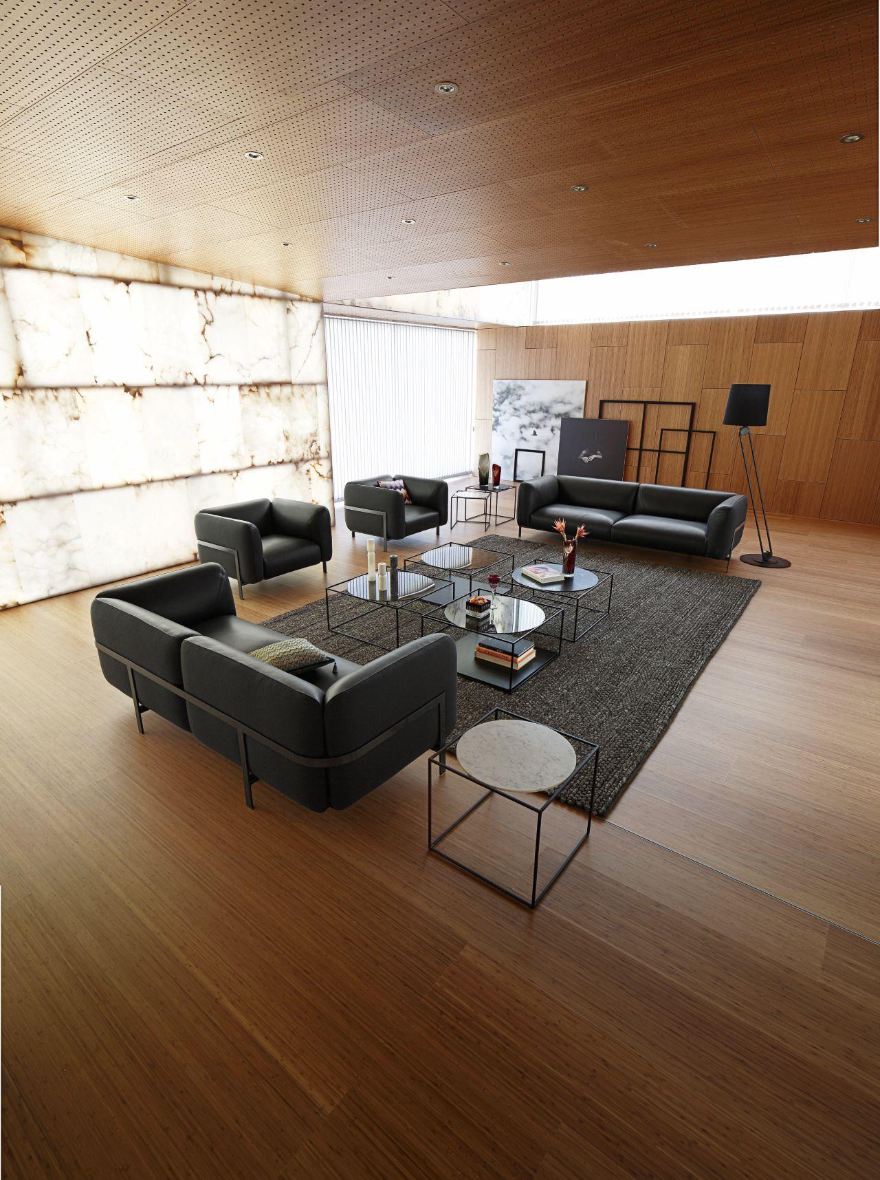 lobby gro es 3 sitzer sofa roche bobois. Black Bedroom Furniture Sets. Home Design Ideas