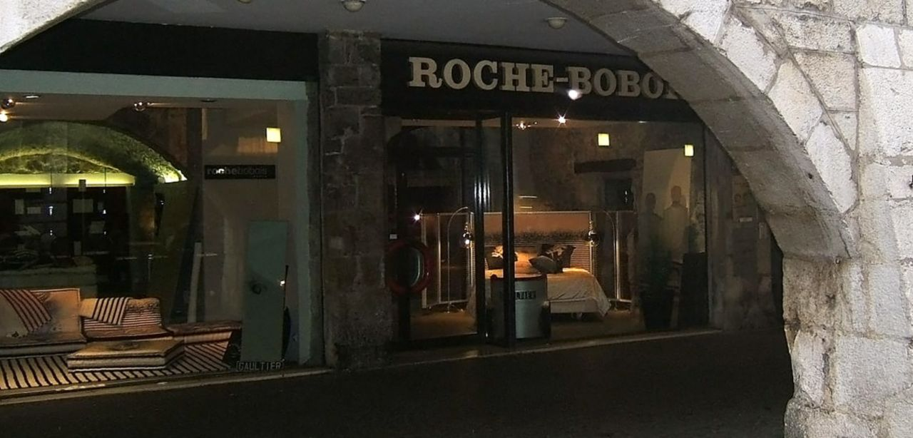 Roche bobois showroom annecy contemporains 74000 - Roche bobois contemporain ...