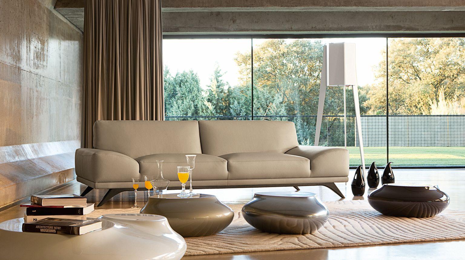 evidence corner composition roche bobois. Black Bedroom Furniture Sets. Home Design Ideas