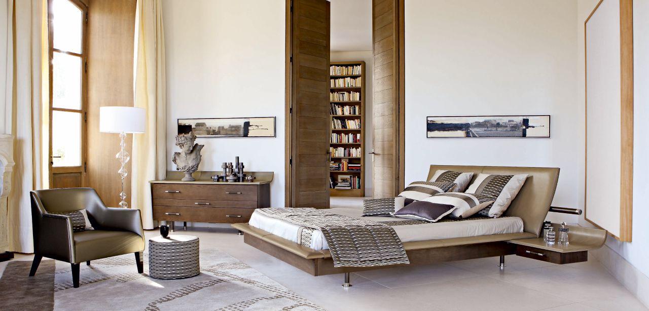 Vanity lit avec chevets roche bobois for Roche bobois chambre