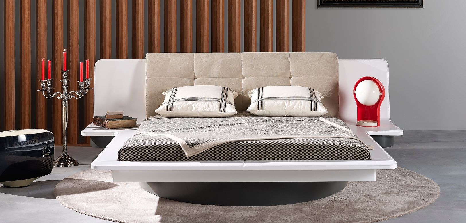 Bagatelle bed with bedside tables roche bobois for Roche bobois chambre