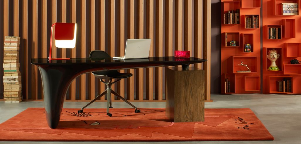 melt bureau roche bobois. Black Bedroom Furniture Sets. Home Design Ideas