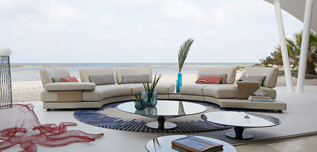 beach bay panoramic sectional roche bobois. Black Bedroom Furniture Sets. Home Design Ideas