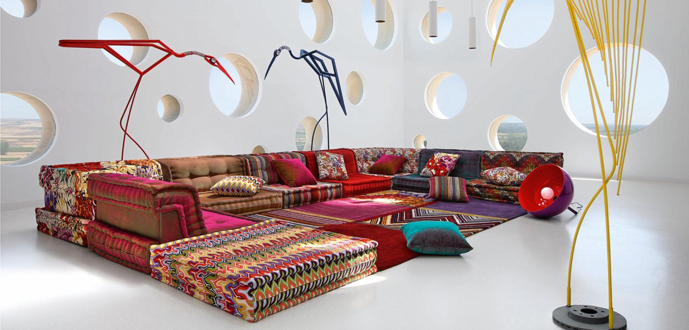 Hans hopfer designer in partnership with roche bobois for Roche bobois canape mah jong