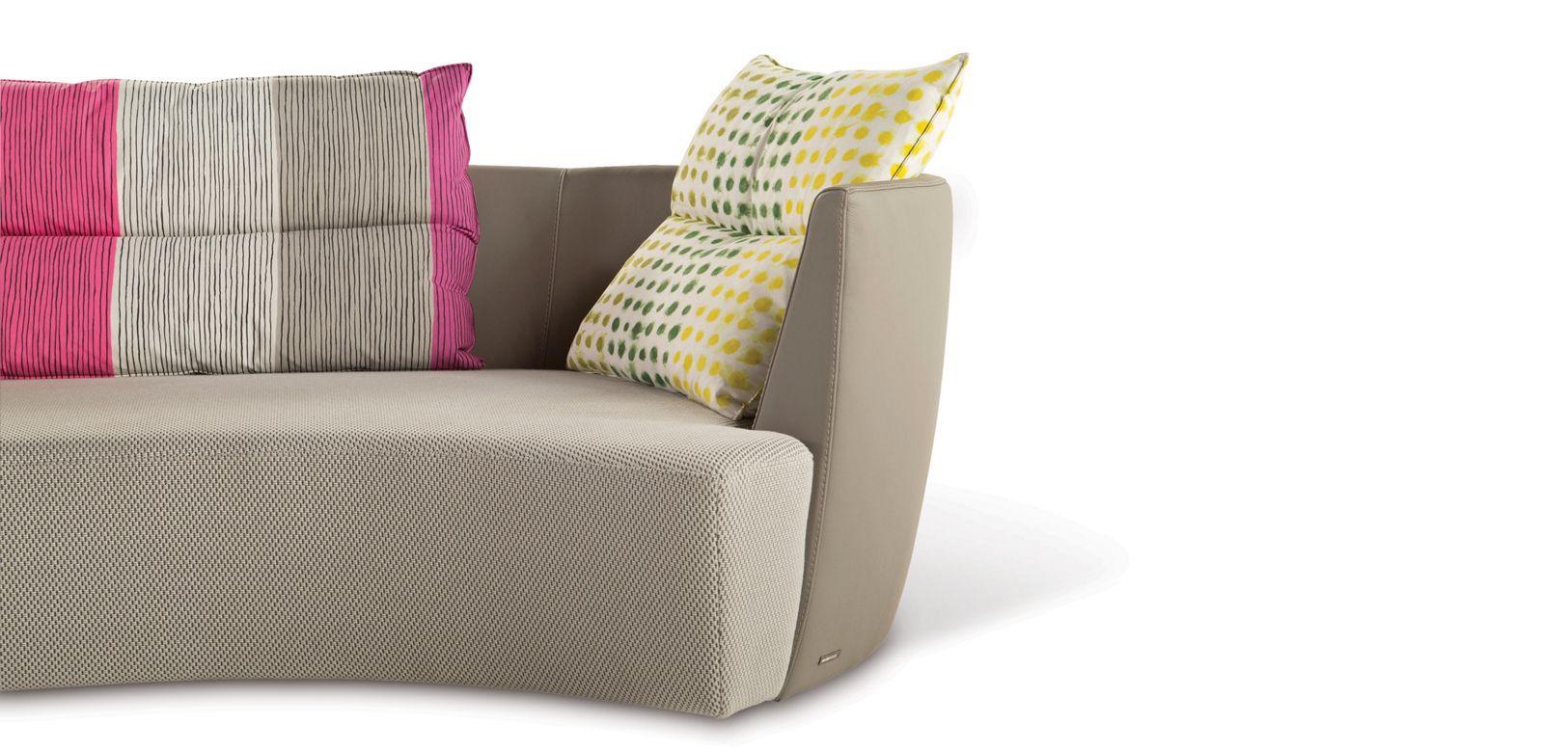 canape 4 places arrondi reportage roche bobois. Black Bedroom Furniture Sets. Home Design Ideas