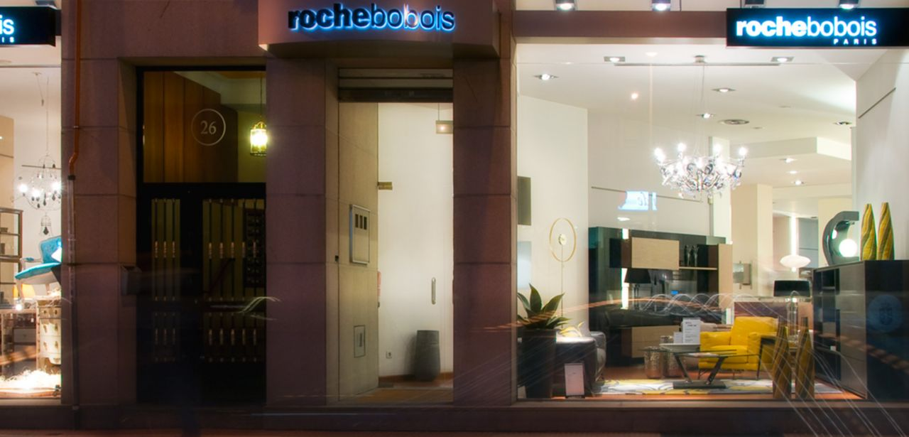 magasin roche bobois la coru a 15009. Black Bedroom Furniture Sets. Home Design Ideas