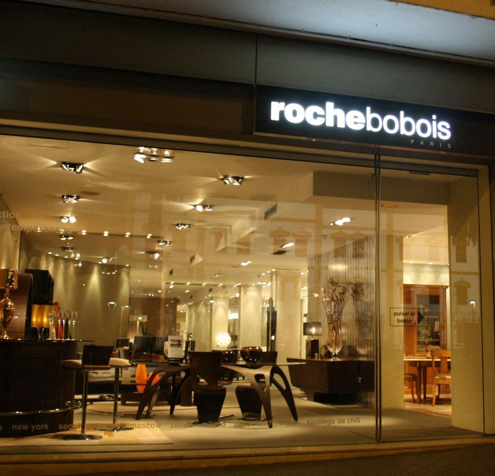 magasin roche bobois sevilla 41005. Black Bedroom Furniture Sets. Home Design Ideas