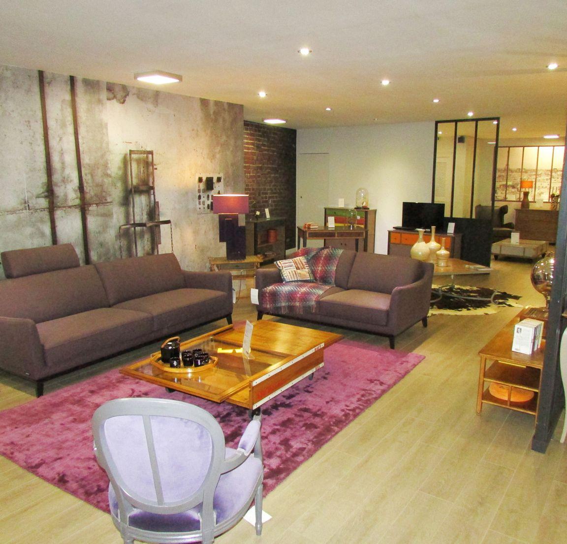 magasin roche bobois limoges 87000. Black Bedroom Furniture Sets. Home Design Ideas