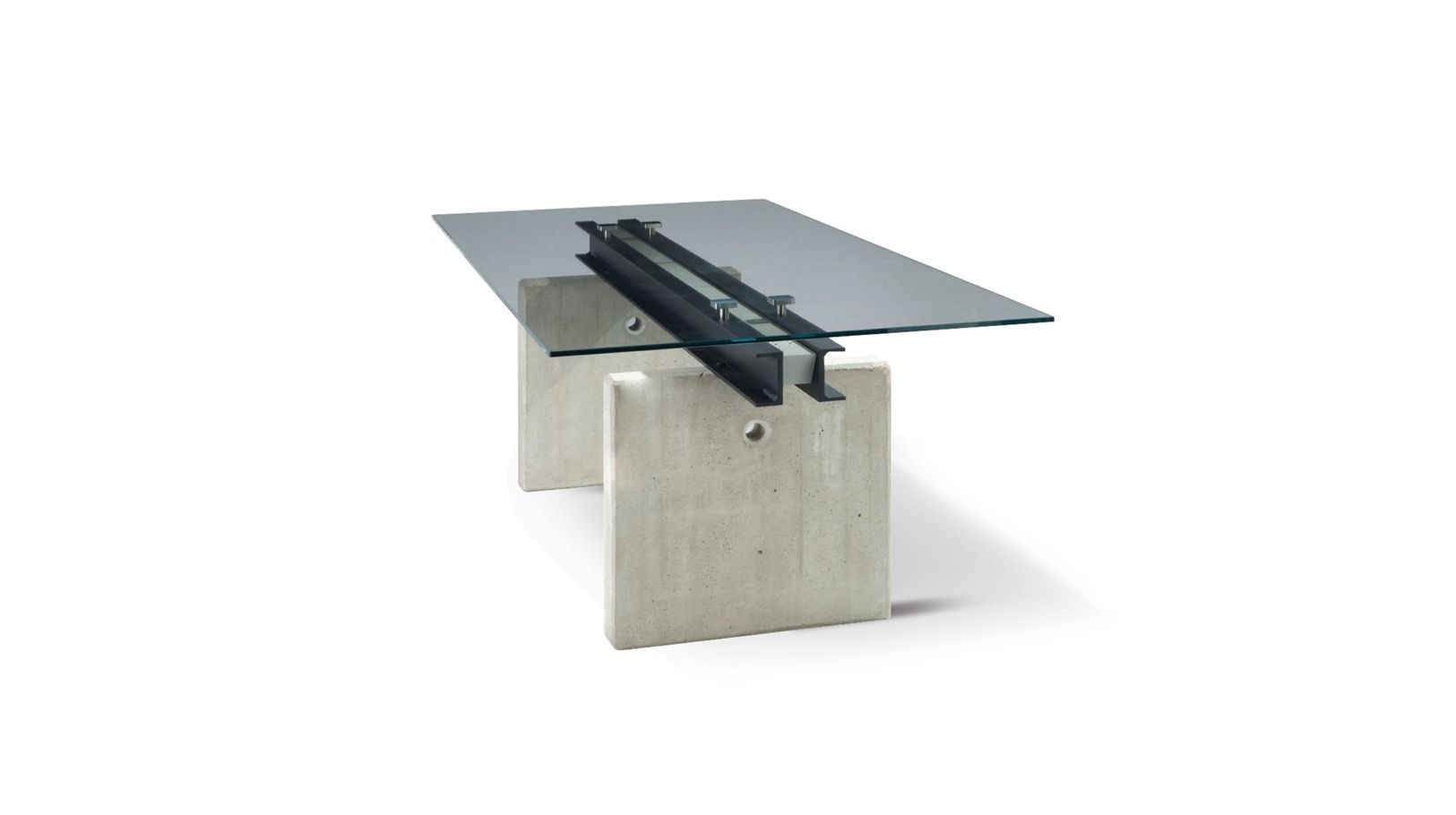 Less is more dining table roche bobois - Table basse verre roche bobois ...