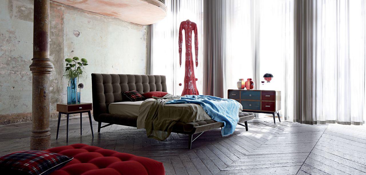 PROFILE BED Nouveaux Classiques Collection Roche Bobois