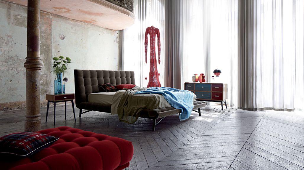 profile lounge chair nouveaux classiques collection roche bobois. Black Bedroom Furniture Sets. Home Design Ideas