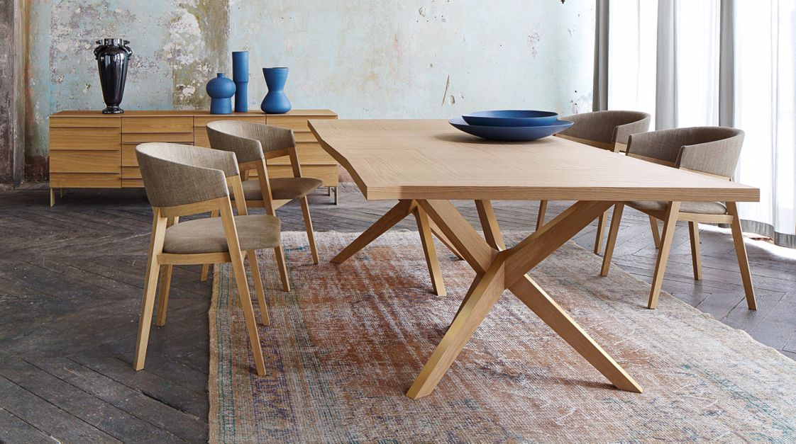 JANE Dining table | Roche Bobois