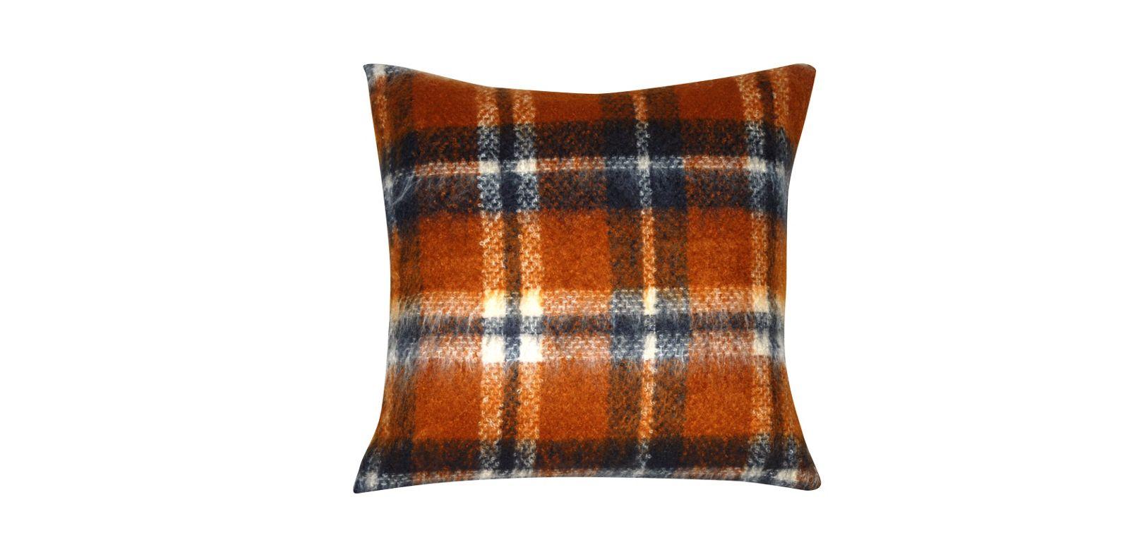 Sir jean paul gaultier cushion nouveaux classiques - Roche bobois jean paul gaultier ...