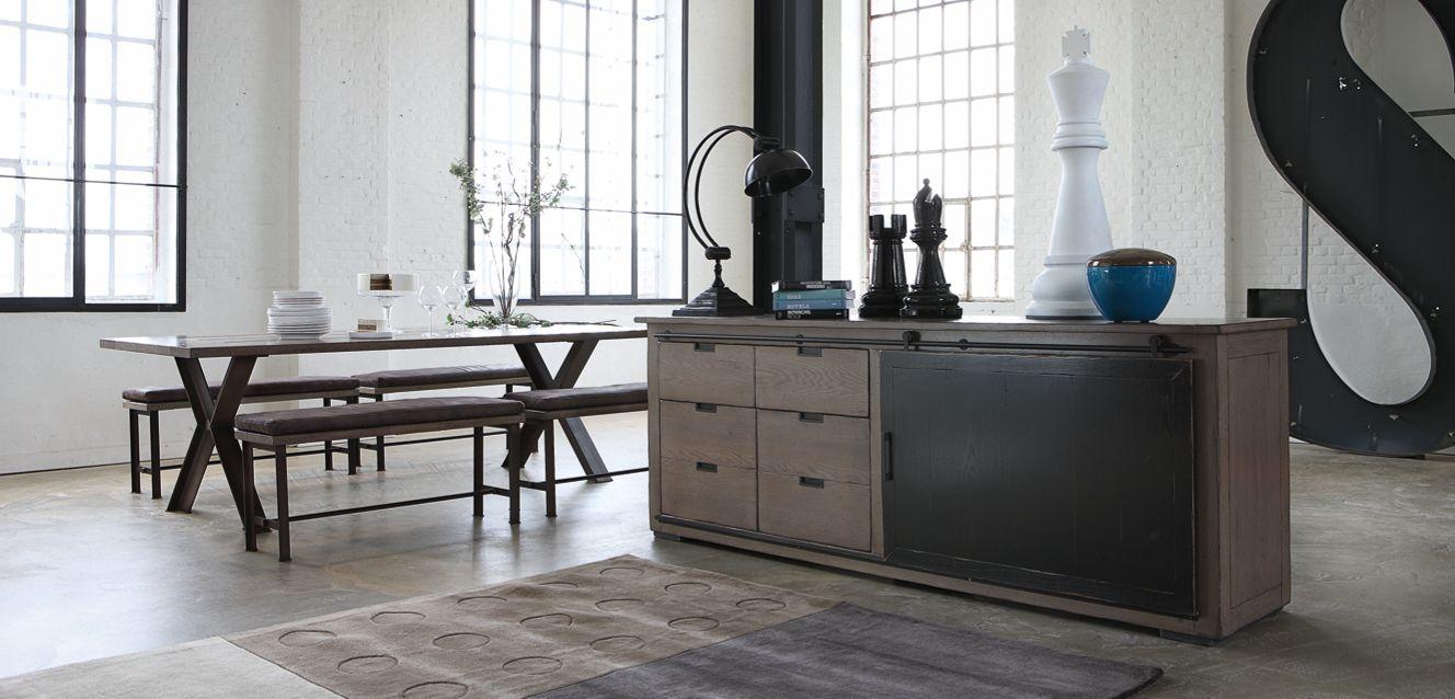credenza maxime collezione nouveaux classiques roche bobois. Black Bedroom Furniture Sets. Home Design Ideas