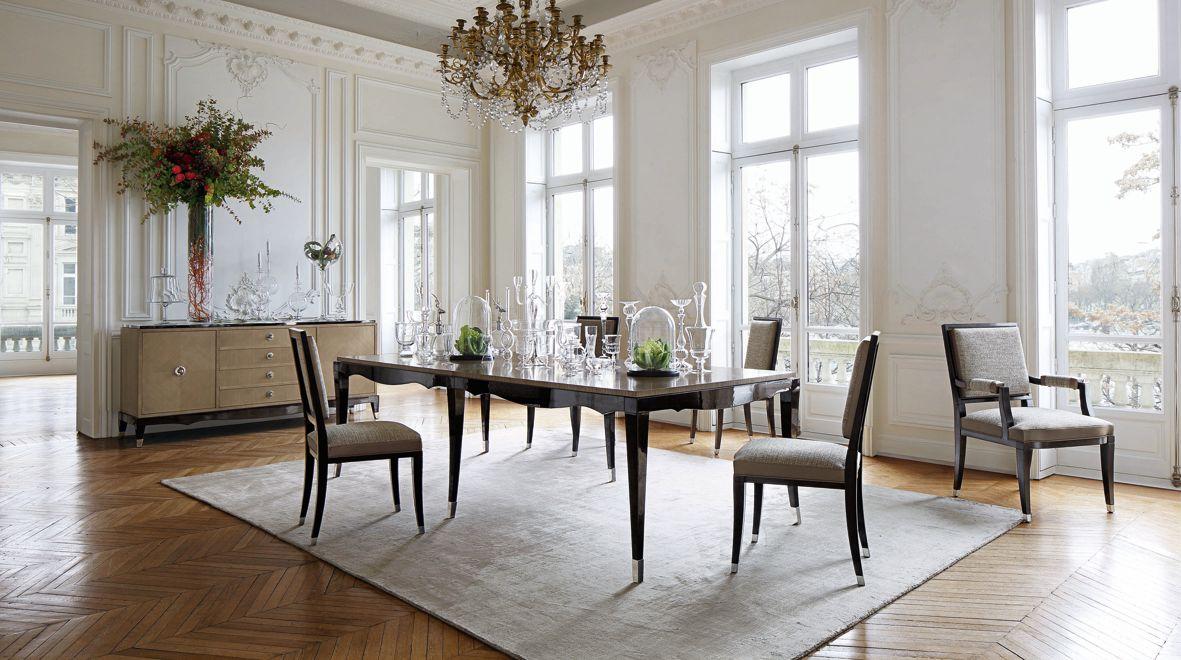 Grand hotel cocktail table nouveaux classiques collection roche bobois - Roche bobois chaises ...