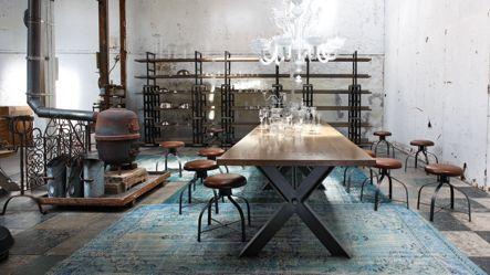 Correspondances shelf nouveaux classiques collection - Table salle a manger contemporaine roche bobois ...