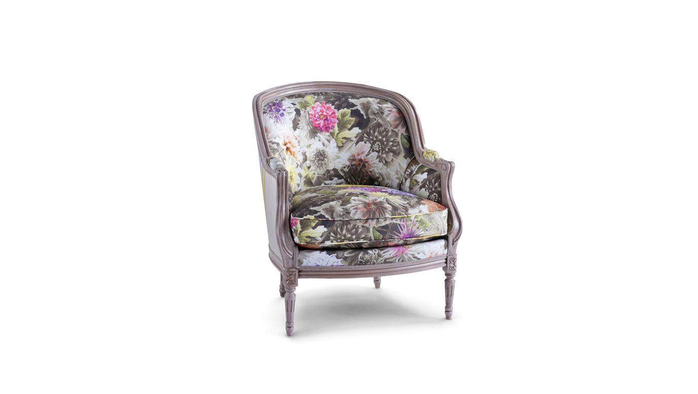 berenice berg re collection nouveaux classiques roche bobois. Black Bedroom Furniture Sets. Home Design Ideas