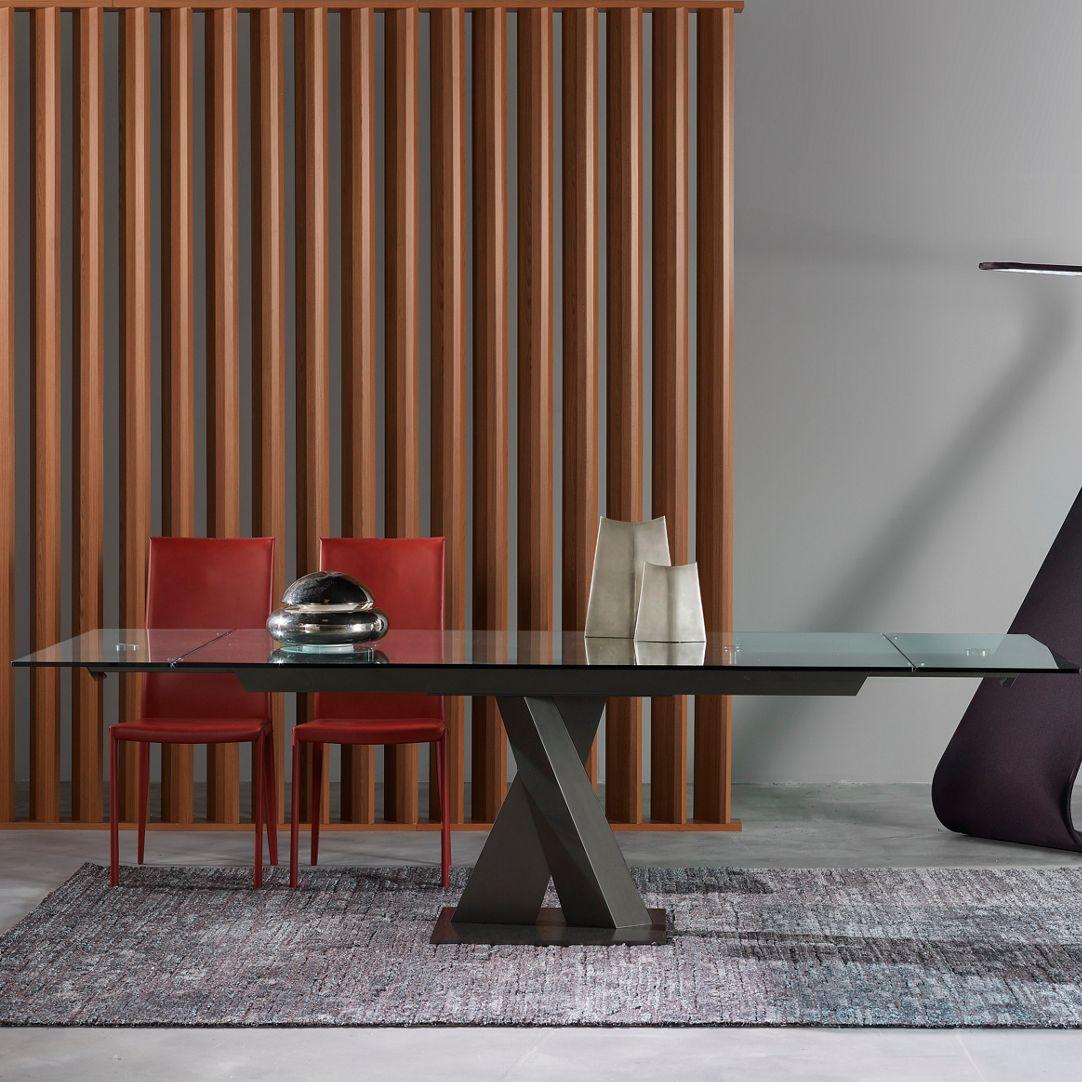 AXEL Table de repas - Roche Bobois