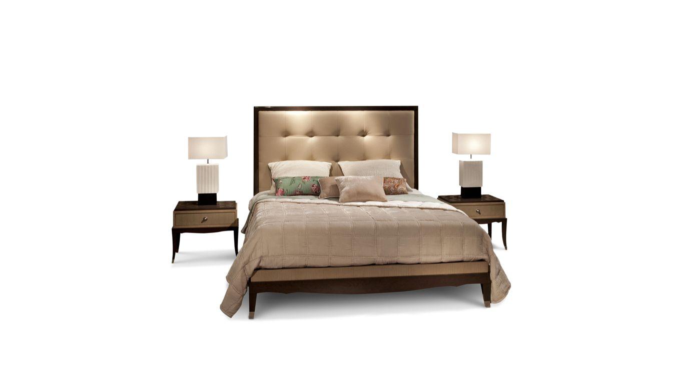 chevet grand hotel collection nouveaux classiques roche bobois. Black Bedroom Furniture Sets. Home Design Ideas