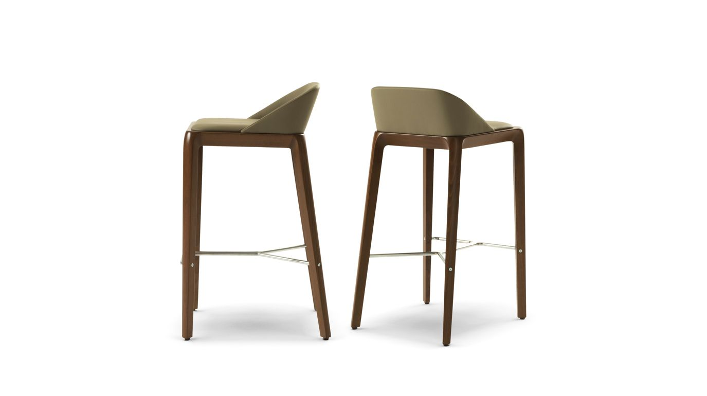 tabouret de bar brio roche bobois. Black Bedroom Furniture Sets. Home Design Ideas