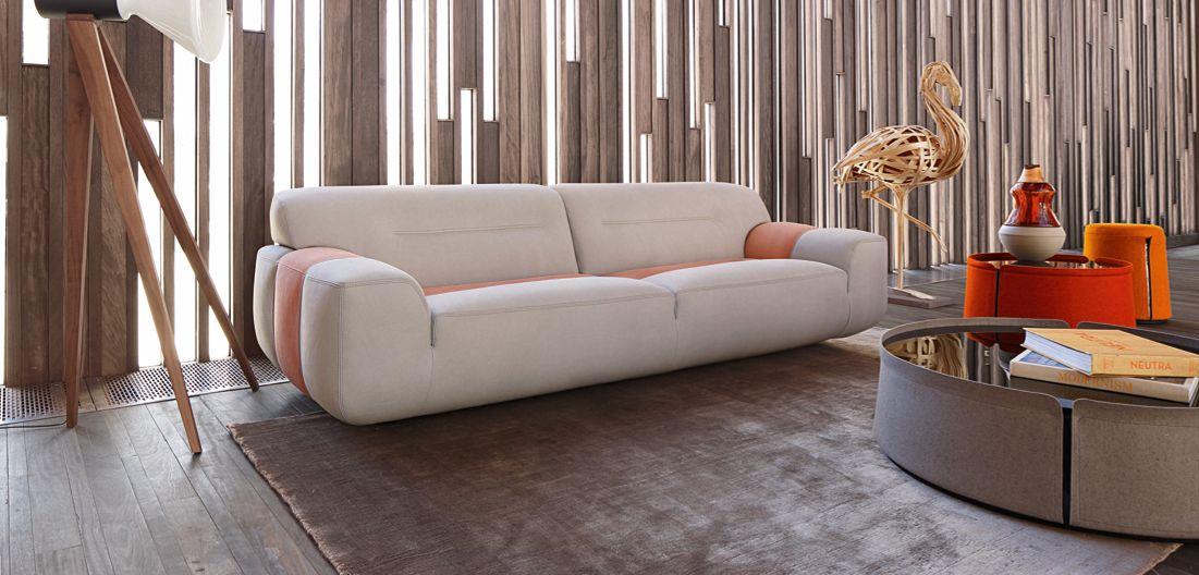 corum ottoman pedestal table roche bobois. Black Bedroom Furniture Sets. Home Design Ideas