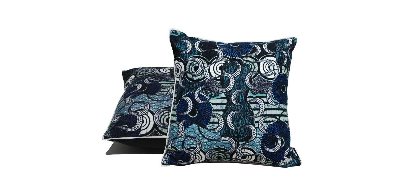 cuscino raffine jean paul gaultier roche bobois. Black Bedroom Furniture Sets. Home Design Ideas