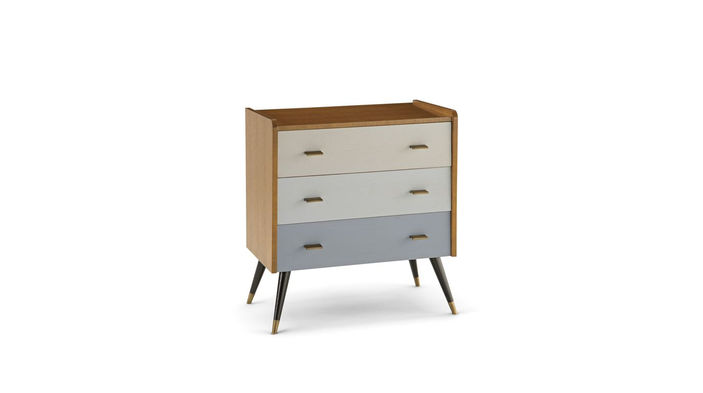 reze large 3 drawer chest nouveaux classiques collection roche bobois. Black Bedroom Furniture Sets. Home Design Ideas
