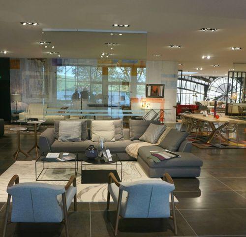 magasin roche bobois st etienne 42480. Black Bedroom Furniture Sets. Home Design Ideas