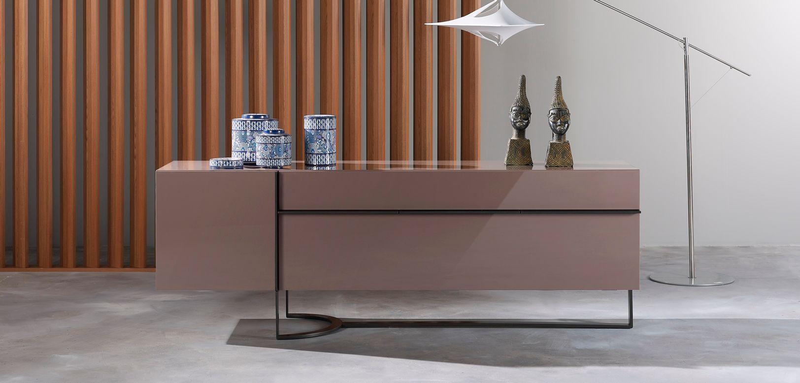 buffet diapason roche bobois. Black Bedroom Furniture Sets. Home Design Ideas