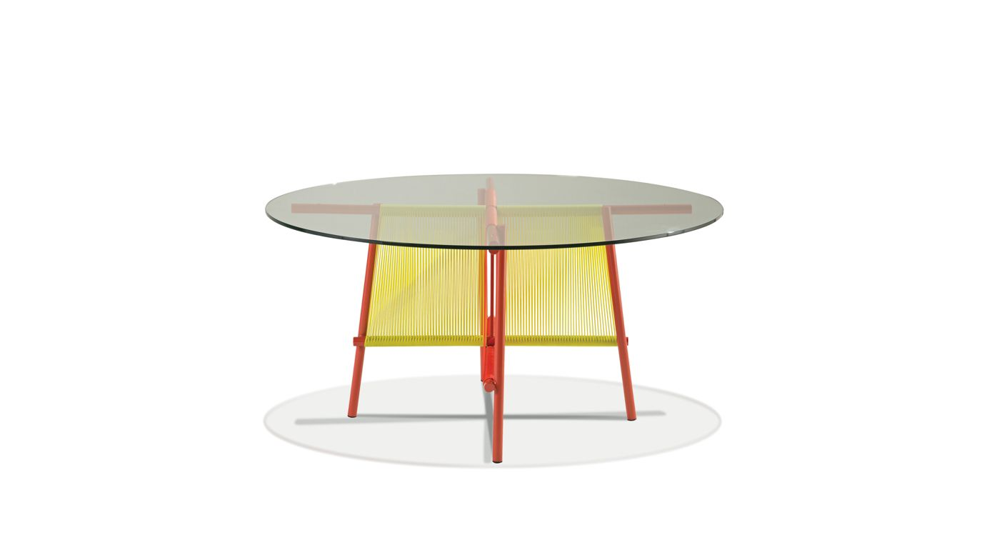 Traveler outdoor round dining table roche bobois - Table roche et bobois ...