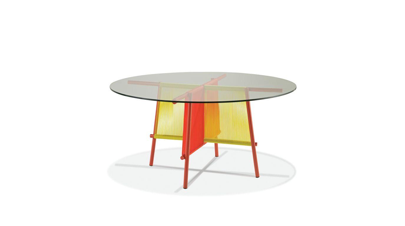 traveler outdoor table de repas ronde roche bobois. Black Bedroom Furniture Sets. Home Design Ideas