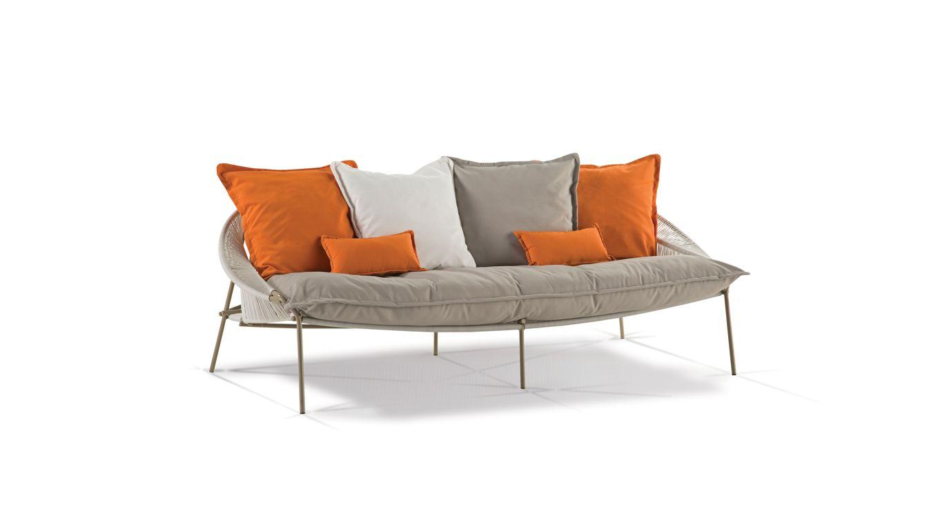 Traveler americain armchair roche bobois for Canape roche bobois