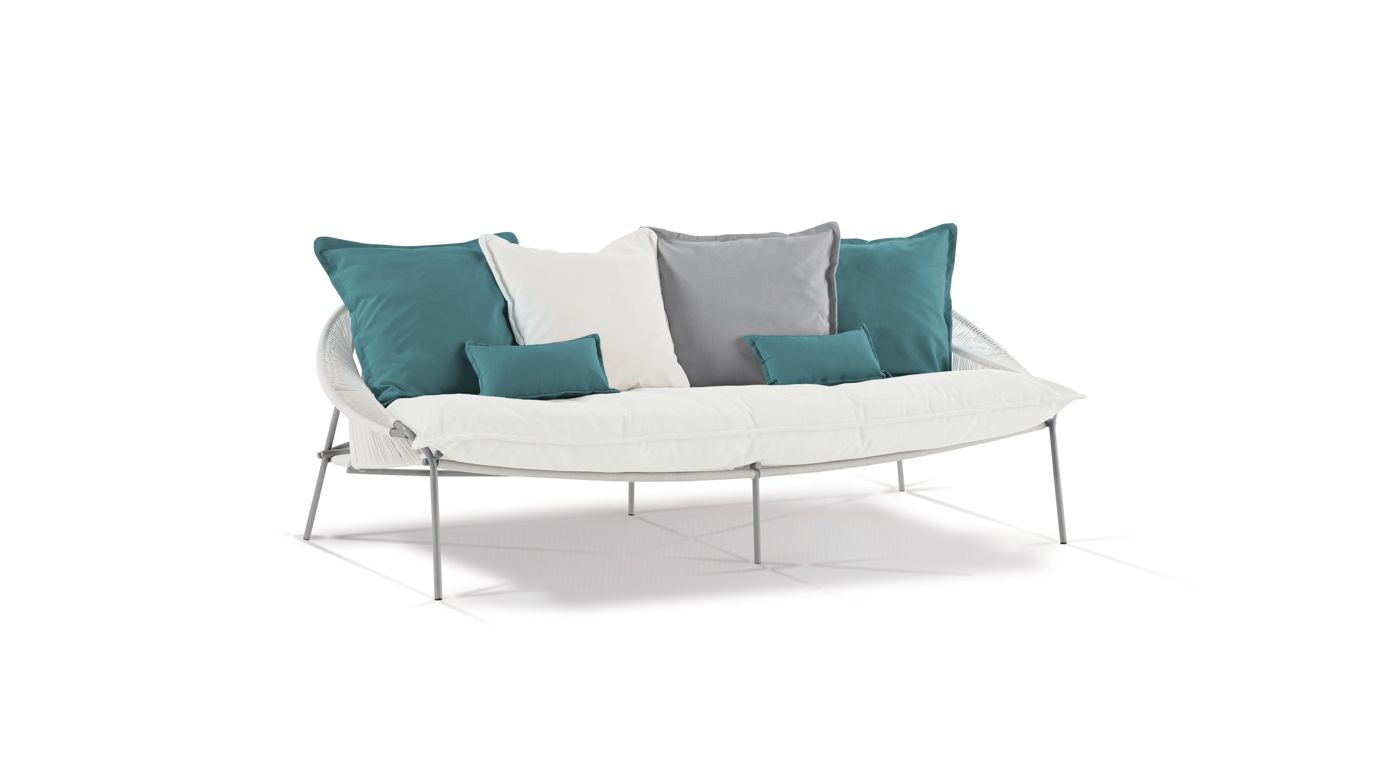 Traveler outdoor 3 seat sofa roche bobois for Roche bobois france canape