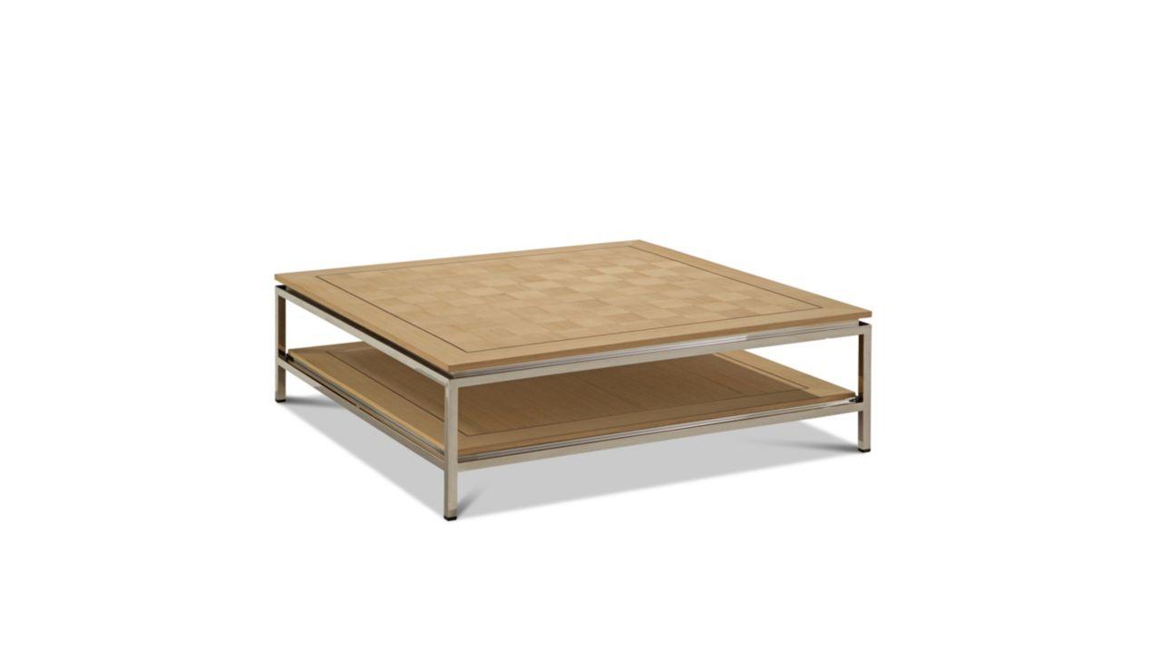 Table basse carr e epoq collection nouveaux classiques for Table de salle a manger roche bobois