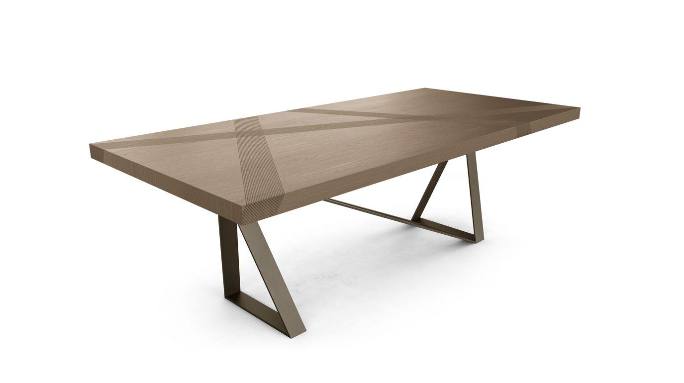 Table de repas track roche bobois for Table salon roche bobois
