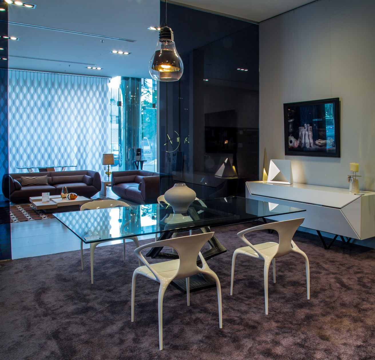 roche bobois showroom riyadh zipcode. Black Bedroom Furniture Sets. Home Design Ideas