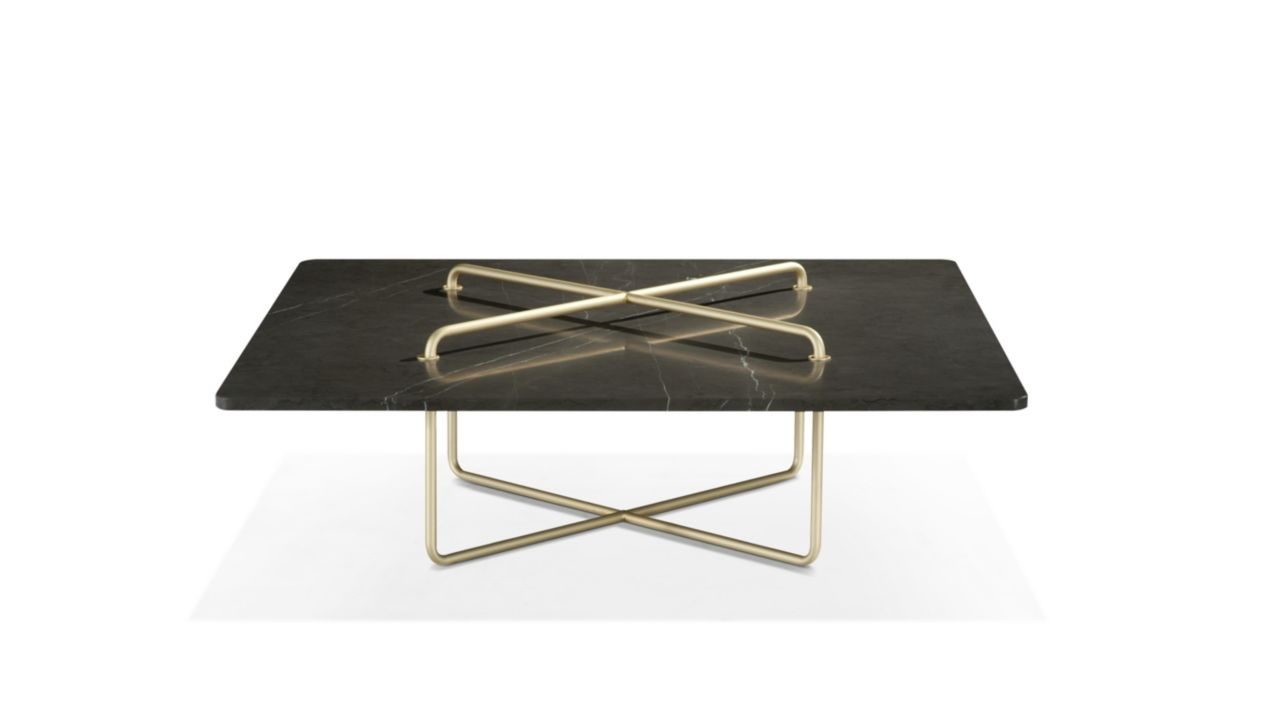 Button cocktail table roche bobois for Table extensible roche bobois