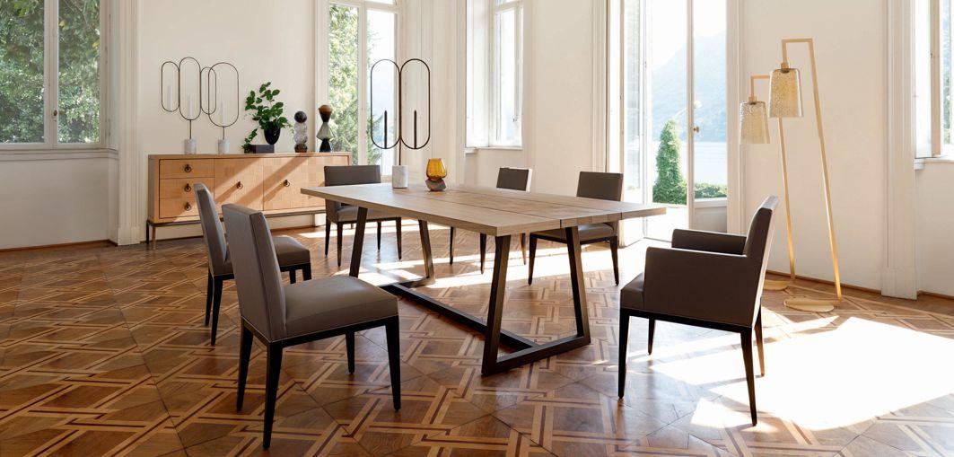 Epoq dining table nouveaux classiques collection roche - Roche bobois table salle a manger ...