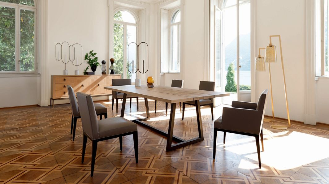 roche bobois chaises salle a manger id e. Black Bedroom Furniture Sets. Home Design Ideas