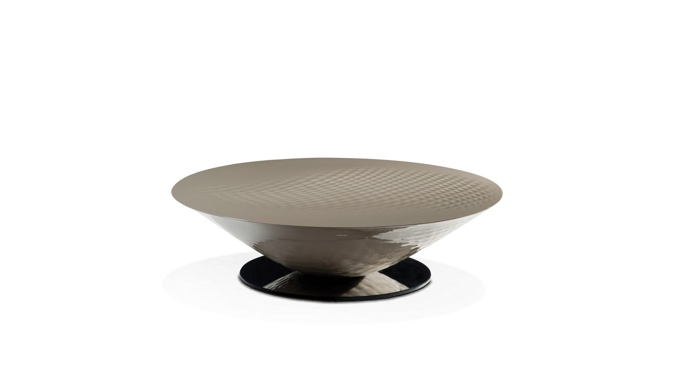 Moorea round cocktail table roche bobois for Table basse roche bobois prix