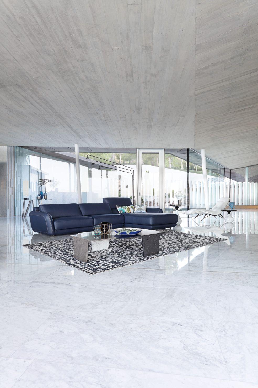 lampe poser bulb roche bobois. Black Bedroom Furniture Sets. Home Design Ideas