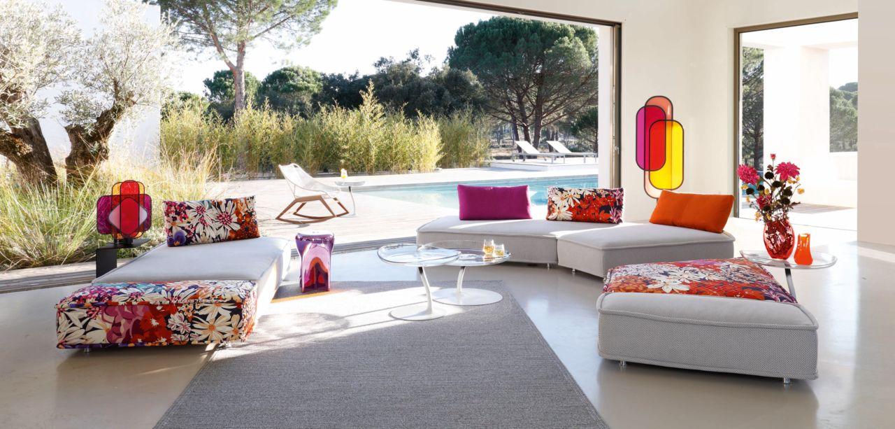 magasin roche bobois zhengzhou 450000. Black Bedroom Furniture Sets. Home Design Ideas