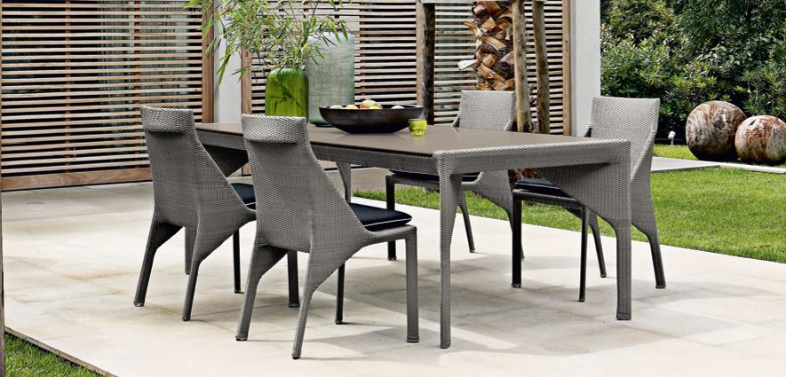 bel air dining table roche bobois. Black Bedroom Furniture Sets. Home Design Ideas