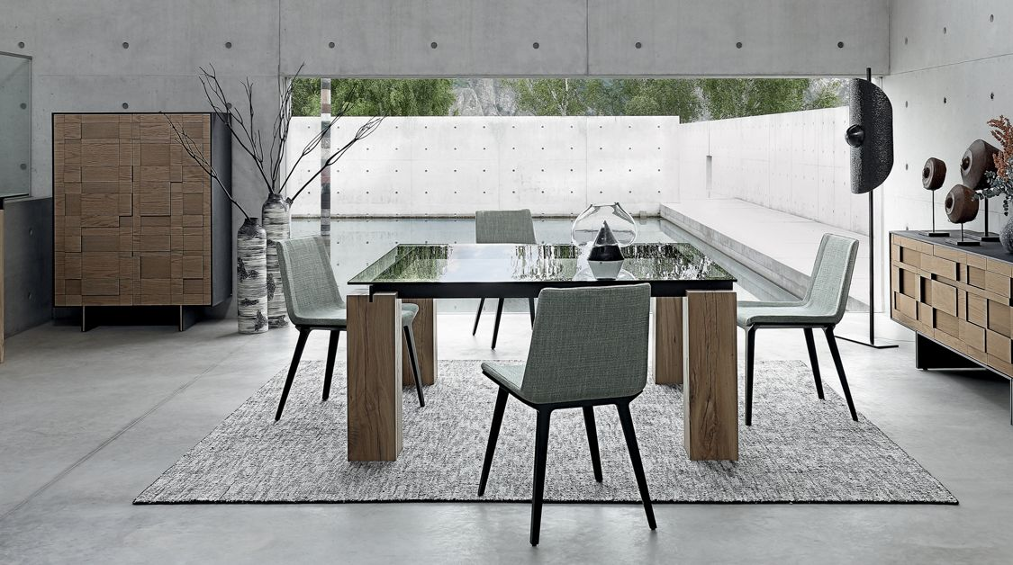 T n r square dining table concrete patina roche bobois for Salle a manger roche bobois