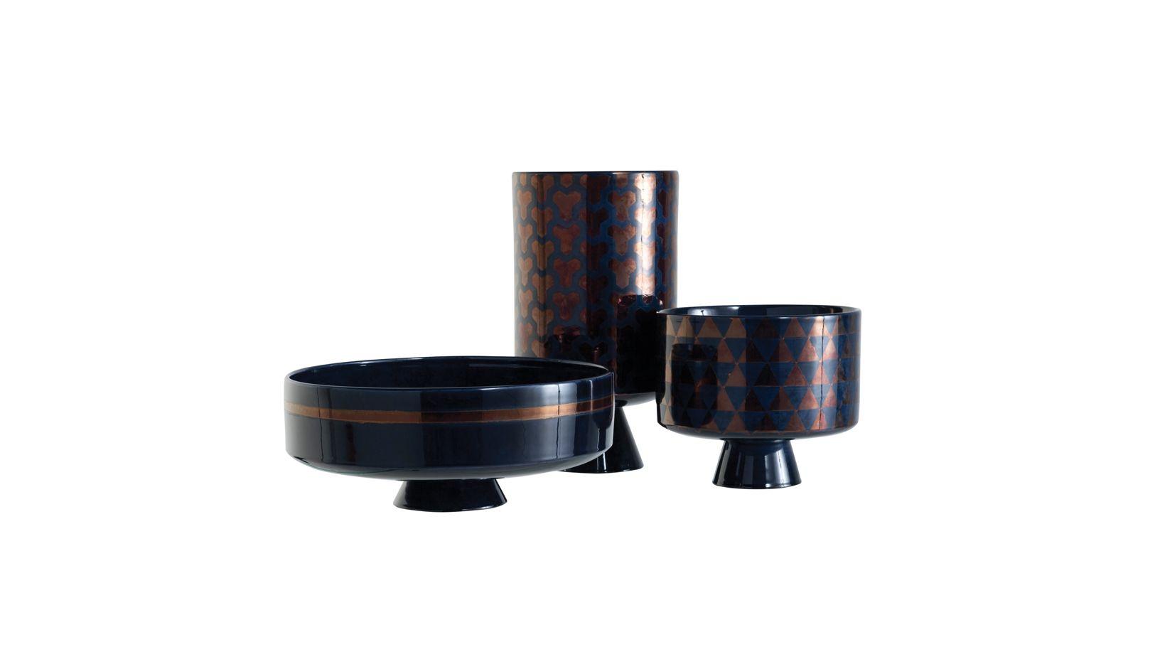 aka mugara vase roche bobois. Black Bedroom Furniture Sets. Home Design Ideas